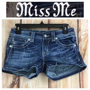 🐞Miss Me JP5117H6 denim shorts size 27